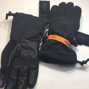 ♦️NWOT♦️North face Gore-Tex Gloves. Brand new.